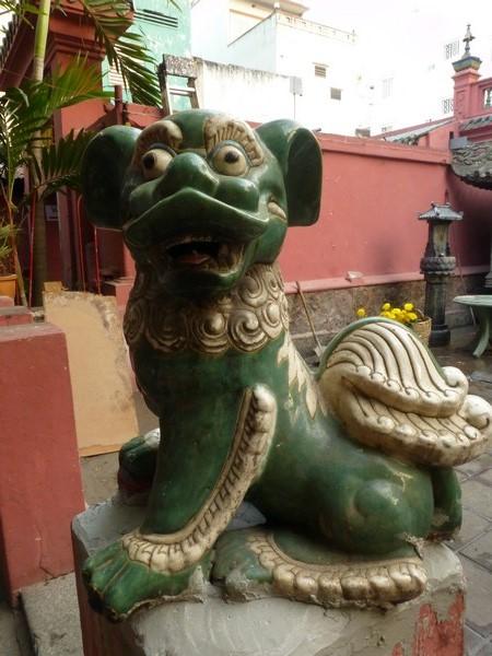dragon-vert-pagode-hcmc