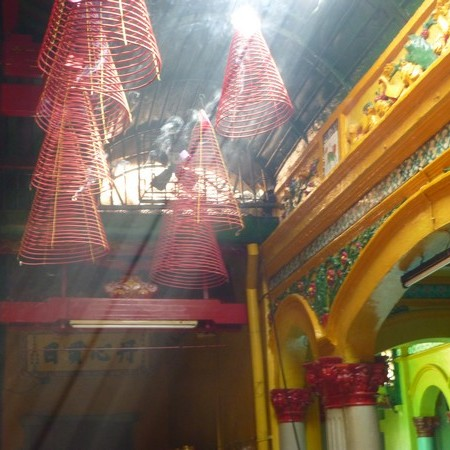 lumiere-temple-chua-minh-huong-temple