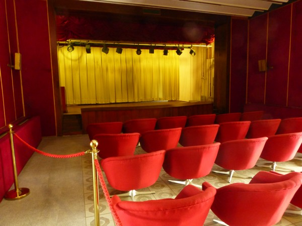 salle-de-cinema-palais-independance-vietnam