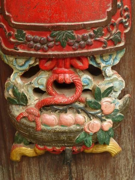 sculptures-temple-vietnam