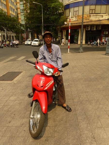 xe-om-mon-premier-moto-taxi